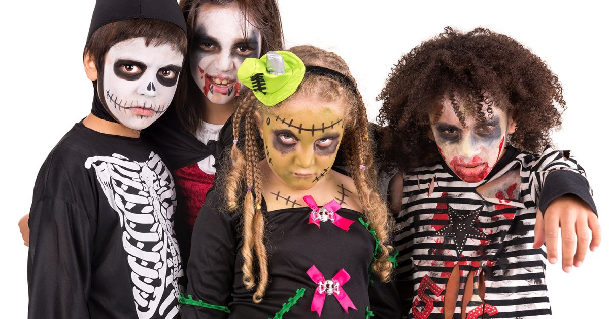 Les petits vont faire peur aux adultes pendant le soir d'Halloween !