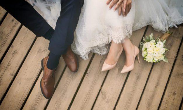 2 conseils pour organiser son mariage en duo sans se crêper le chignon