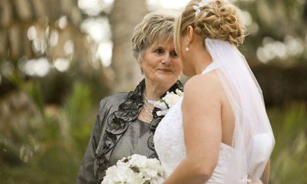 Comment une maman peut aider à l'organisation du mariage de ses enfants ?