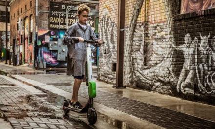 En toute sécurité : peut-on réellement se fier aux trottinettes électriques pour enfant ?